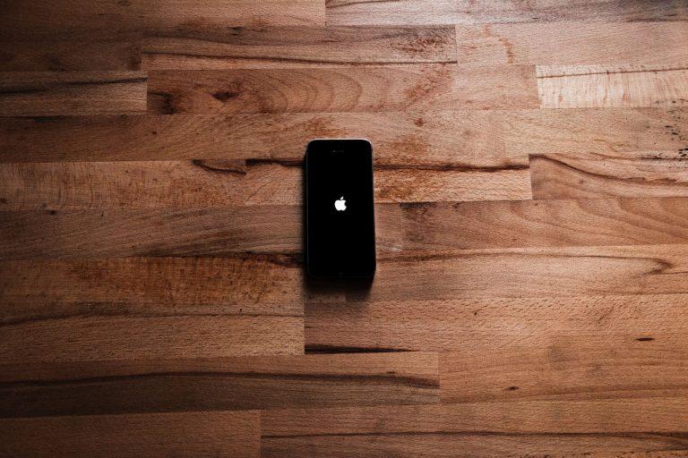 tempat benerin iphone