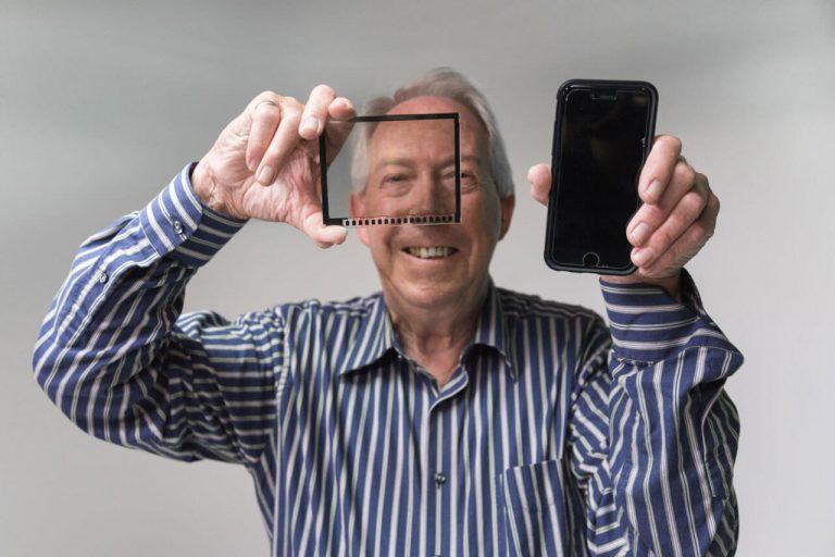 perbedaan lcd dan touchscreen