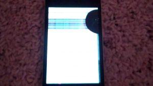 bintik hitam pada layar iphone