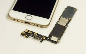 kenapa iphone mahal padahal spek rendah