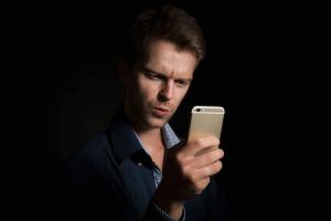 kenapa iphone tidak bisa konek wifi