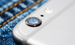 kaca kamera iphone pecah